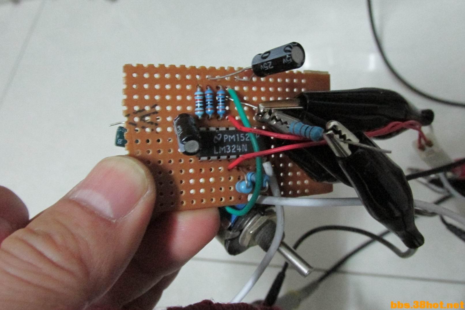 电子综合用LM324做了最简单的积分产生三角波的电路 Discuz图片